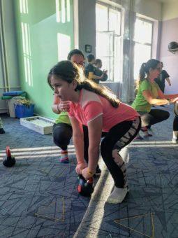 Online skupinové cvičení pokračuje
